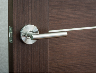 Leo Modern Stainless Steel Privacy Door Lever Handle